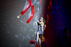 IFSC Boulder Worldcup Meiringen 2018, Finals\nSuisse\nApril 14th 2018\nPic Shows: Sandra Lettner in Boulder number 2