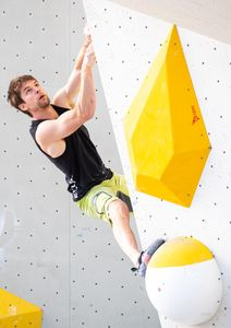 Jan Hojer of Germany during the Men Boulder qualification for the IFSC Climbing World Championships 2018. Innsbruck, Austria, 12 September 2018
